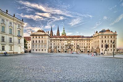 Burgspaziergang + Hop-On/Hop-Off-Bustour Prag + Boot/Prague Castle/4