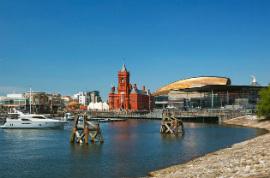Bus Touristique Cardiff/Cardiff Bay / Bae Caerdydd/5