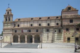 Hop-On/Hop-Off-Bustour Malaga/Basílica de Sta. M. de la Victoria/11
