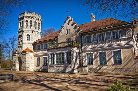 Hop-On/Hop-Off Bustour Tallinn/Maarjamäe Castle/4