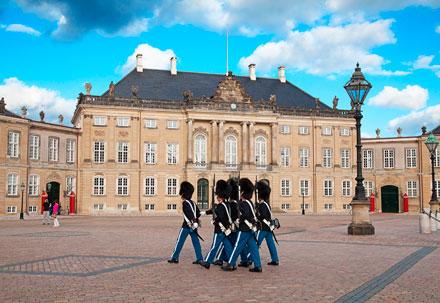 Amalienborg Palace / Ofelia Plads