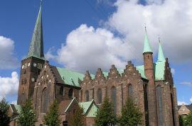 Hop-On/Hop-Off-Bustour Aarhus/Aarhus Cathedral / Strøget Shopping/8