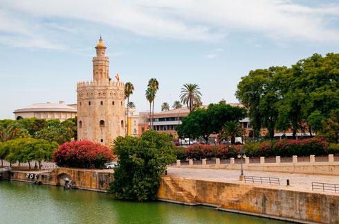 Hop-On/Hop-Off-Bustour Sevilla/Torre del Oro/1